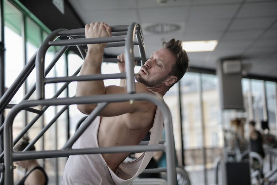 Using A Pull-Up Bar In Your Exercise Routine