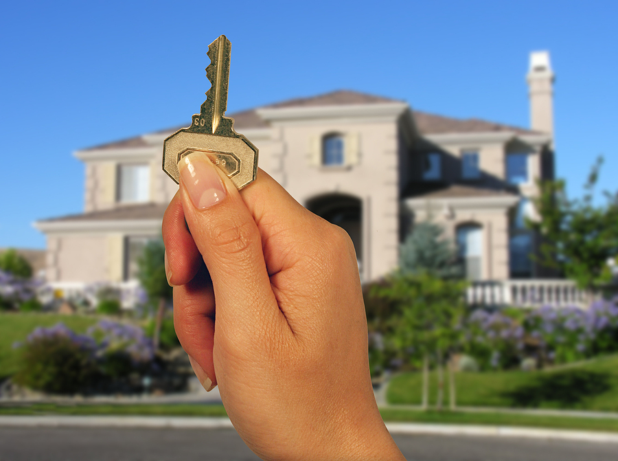 Key and a new home in the background